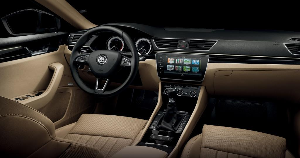 skoda superb ab sofort mit skoda connect und weiteren features. Black Bedroom Furniture Sets. Home Design Ideas