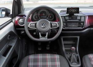vw-up-gti-2017-innen-cockpit