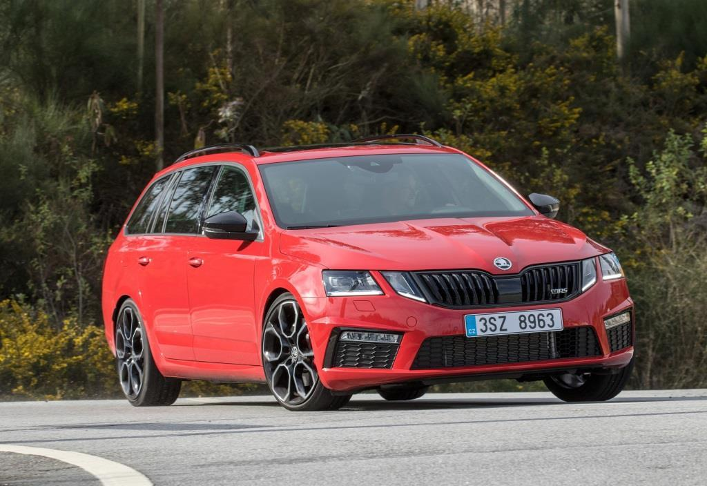 skoda octavia combi rs 245 im test 2017 der sport kombi. Black Bedroom Furniture Sets. Home Design Ideas