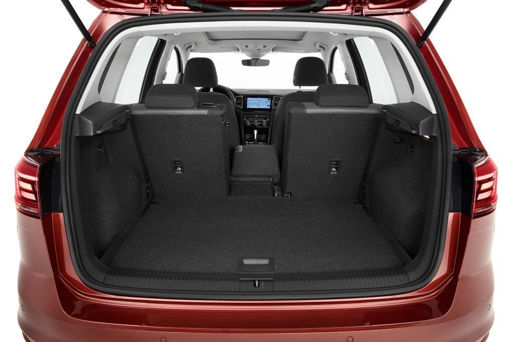 vw golf sportsvan 2018 neues modell ab sofort bestellbar. Black Bedroom Furniture Sets. Home Design Ideas