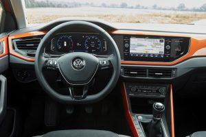 vw-polo-2018-innen-cockpit