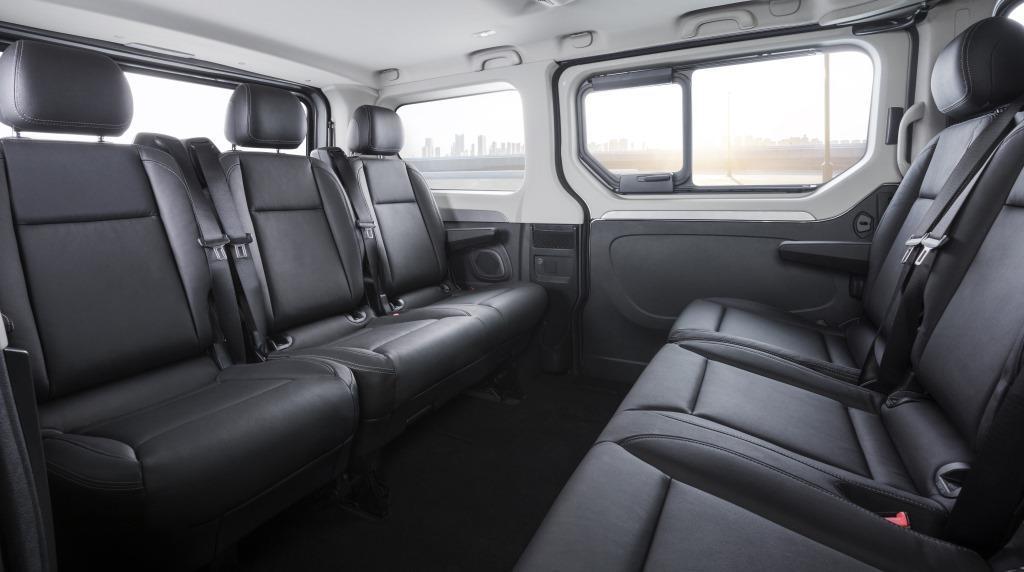 opel vivaro 2018 combi und tourer ab sofort bestellbar. Black Bedroom Furniture Sets. Home Design Ideas