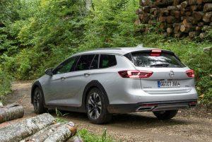 Opel Insignia Country Tourer im Test (2017) : Mittelklassekombi mit Offroad-Charme