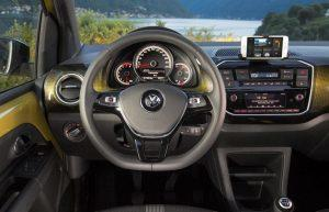 vw-up-ecofuel-2018-innen-cockpit