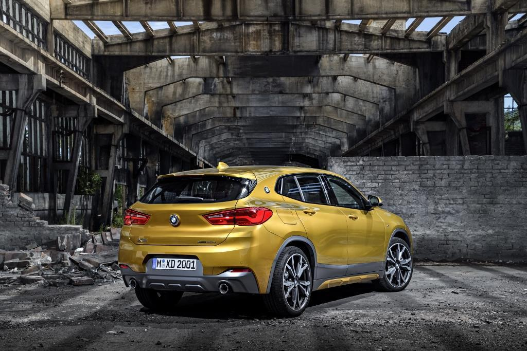 bmw x2 im test 2018 besser als der bmw x1. Black Bedroom Furniture Sets. Home Design Ideas