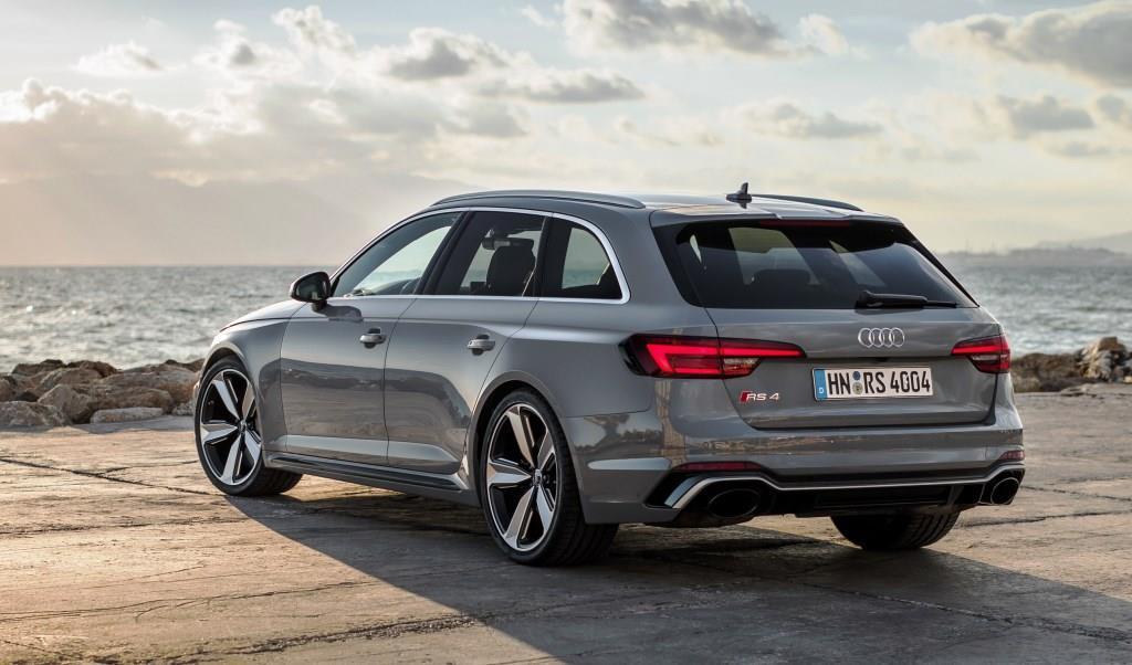 Audi Rs4 Avant Im Test 2018 Familienkombi Auf Die