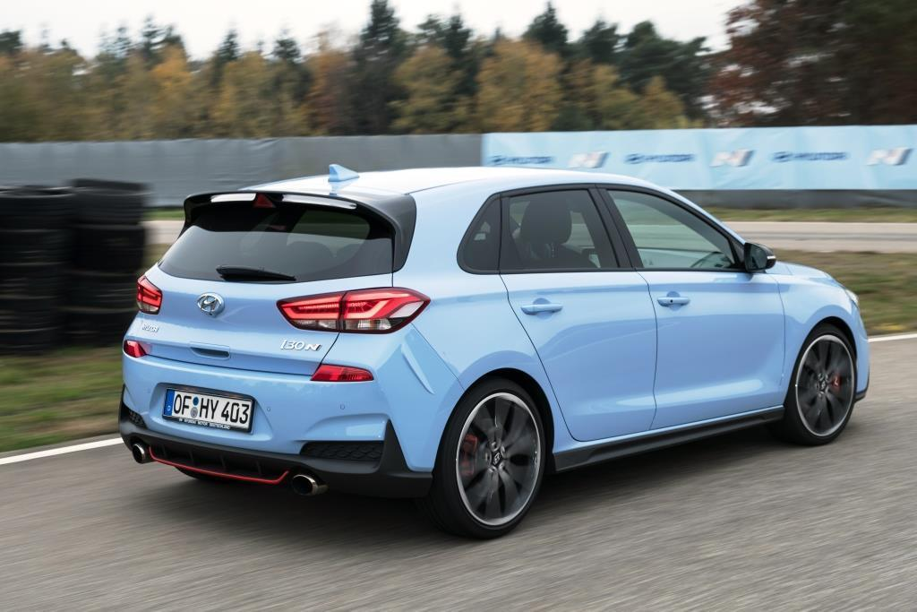 hyundai i30 n im test 2018 besser als golf gti leon. Black Bedroom Furniture Sets. Home Design Ideas