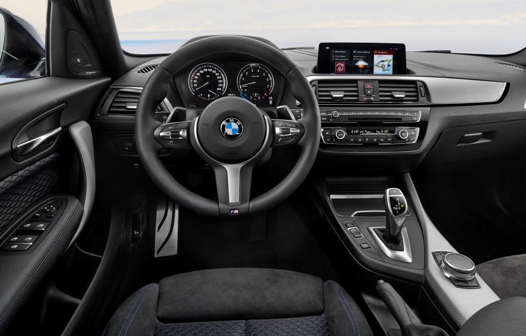 bmw 1er m performance 2018 1 zigartiger kompaktsportler. Black Bedroom Furniture Sets. Home Design Ideas
