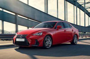 Lexus IS im Test (2018): Toyota frischt seine luxuriöse Sportlimousine auf