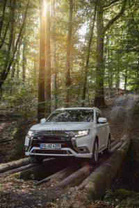 Mitsubishi Outlander: Plug-in Hybrid ab sofort bestellbar