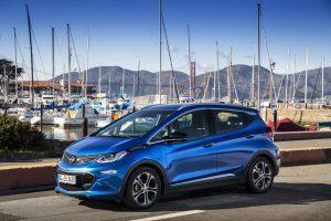 Opel Ampera-e im Test (2018): die Kompaktlimousine mit dem lange Elektro-Atem