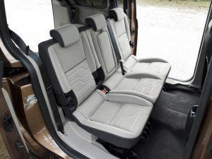 ford-tourneo-connect-innen-hinten