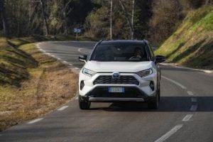Toyota RAV4 V Hybrid im Test (2019): auf der Suche nach mehr Effizienz & Raum