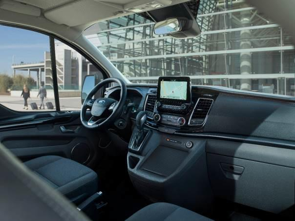 ford tourneo custom null emission dank plug  hybrid