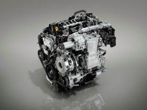 Mazda Skyactiv-X: Verkaufsstart des Serien-Benzinmotors