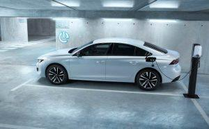 Peugeot 508: Limousine und Kombi mit neuem Plug-In Hybrid