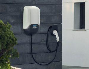 ford-charging-solutions-2019-ladegeraet-an-wand