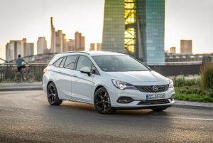 Opel Astra Sports Tourer im Test (2020): Modellpflege bringt 3-Zylinder und viel Digitales