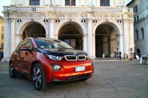 BMW i3 im Test (2019): Der E-Pionier stromert immer weiter