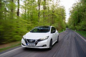 Nissan Leaf 2020 vs. e-Golf VII: Wer ist besser, der E-Klassiker oder der E-Volkswagen?