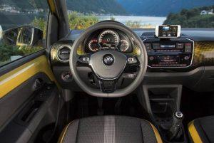 vw-up!-2020-innen-cockpit
