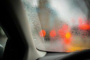 Was Tun Gegen Feuchtigkeit Im Auto