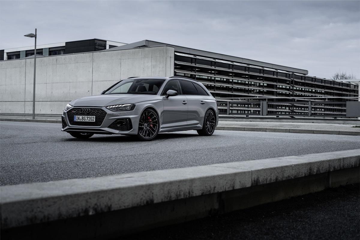 Audi RS4 Avant im Test (2020): Facelift für den schnellsten aller Familien-Kombis