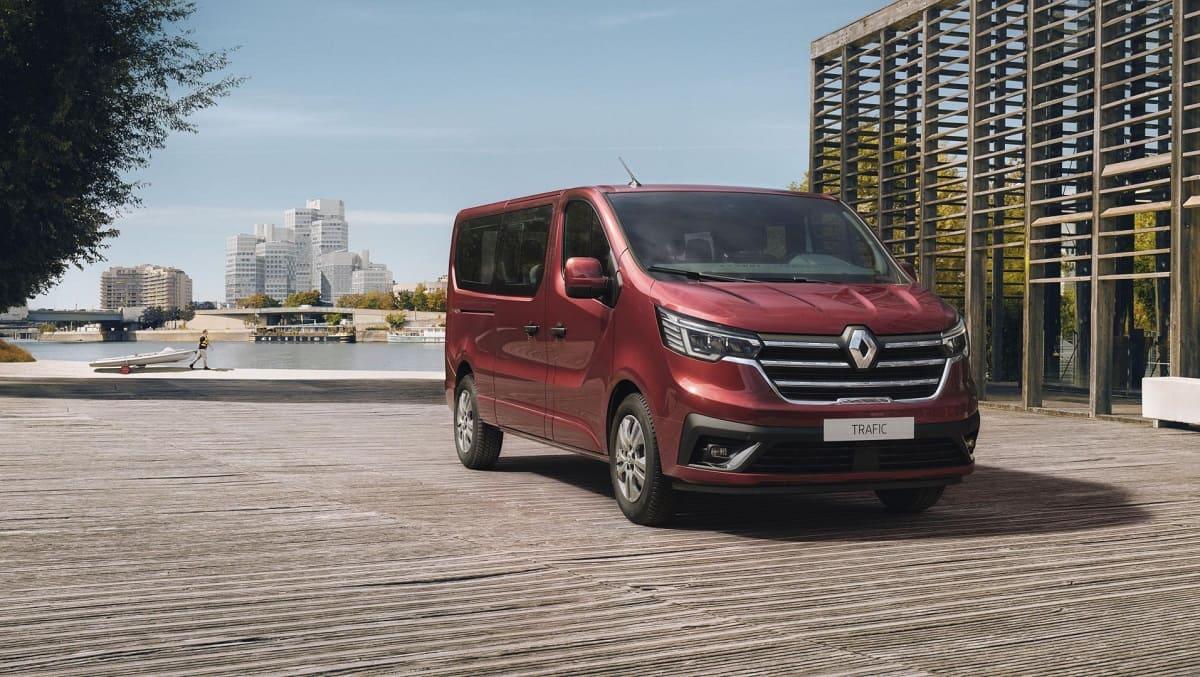 Renault Trafic: Combi und Spaceclass mit neuen Features