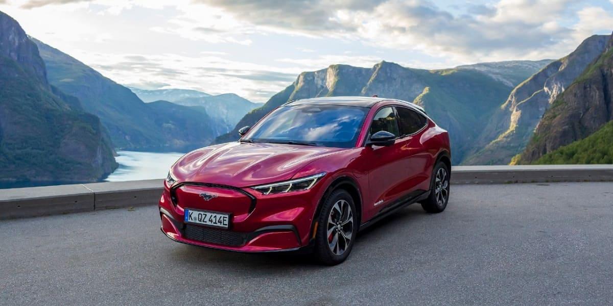 Ford: Mustang Mach-E fordert die Schwerkraft heraus