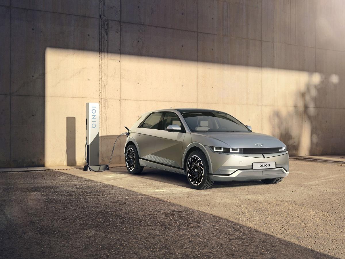 Hyundai: Erfolgreiche Premiere des neuen Ioniq