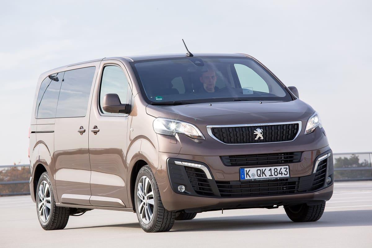 Peugeot Traveller 2021 im Test: Ein Alltags- und Reise-Van für die Familie?