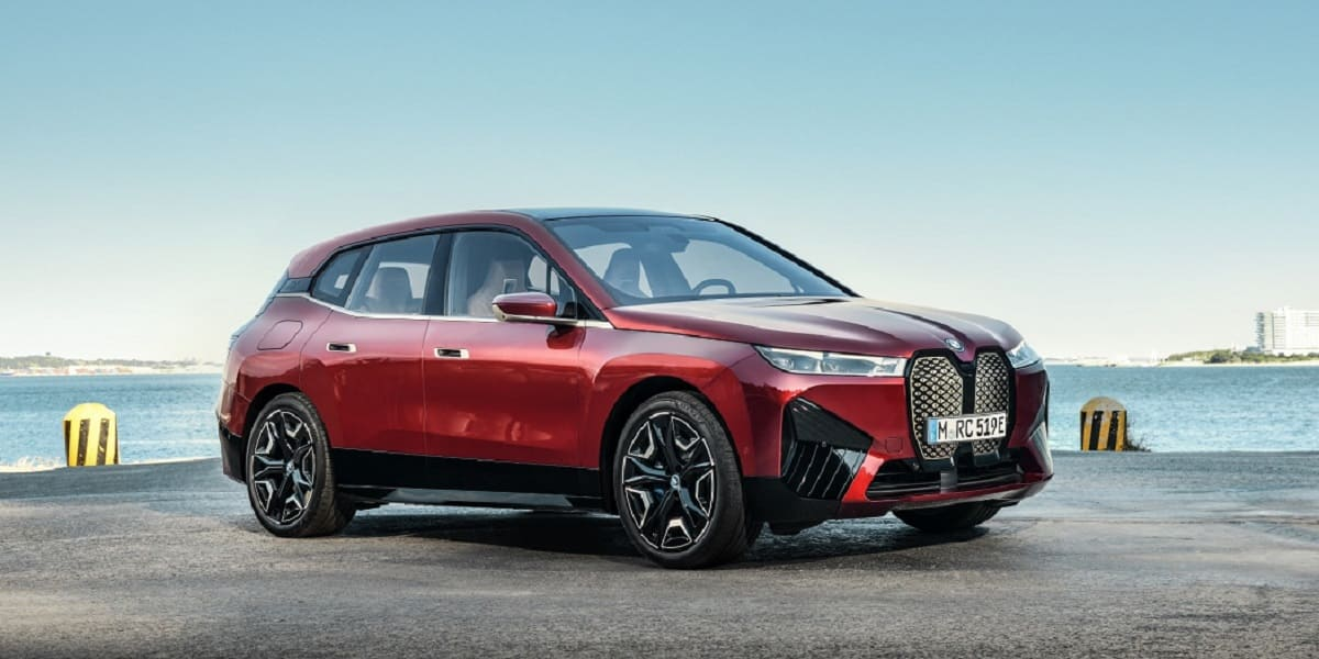 BMW: Neue Generation von iX und iDrive