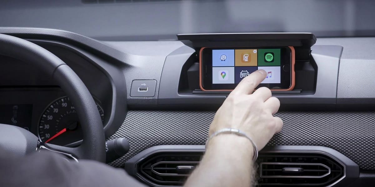 Media Control: Dacia macht das Smartphone zum Fahrzeugdisplay