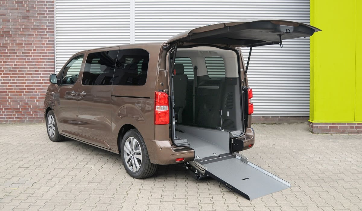 Opel: Zafira-e Life als rollstuhlgerechter Elektro-Van