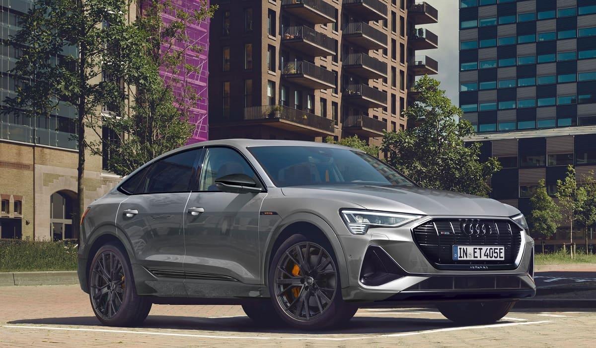 Audi e-tron: Mit der S line black edition sportlich ins neue Modelljahr