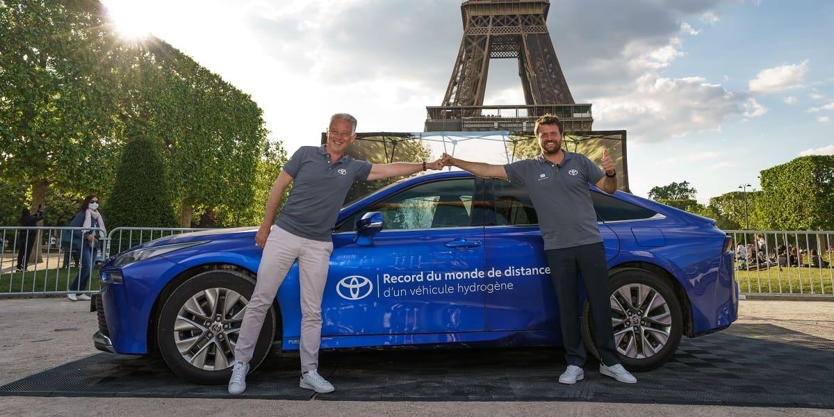 Toyota Mirai: Weltrekord mit einer Tankfüllung