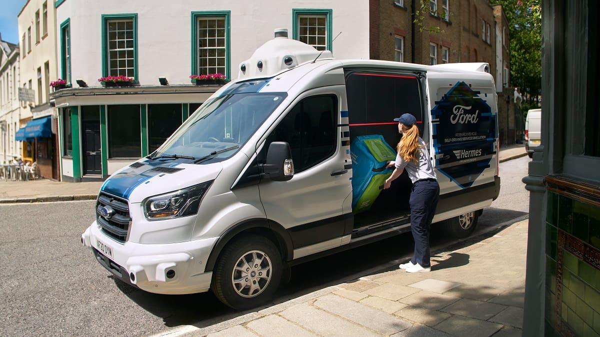 Fahrerlose Transporter? Paketzustellungsprojekt von Ford und Hermes