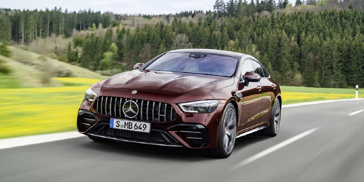 Mercedes-AMG GT: Modelljahr 2021 fährt groß auf