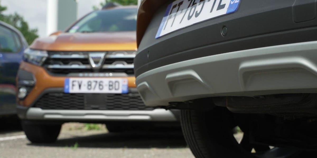 Dacia: Durchgefärbter Unterfahrschutz gegen Schrammen und Kratzer