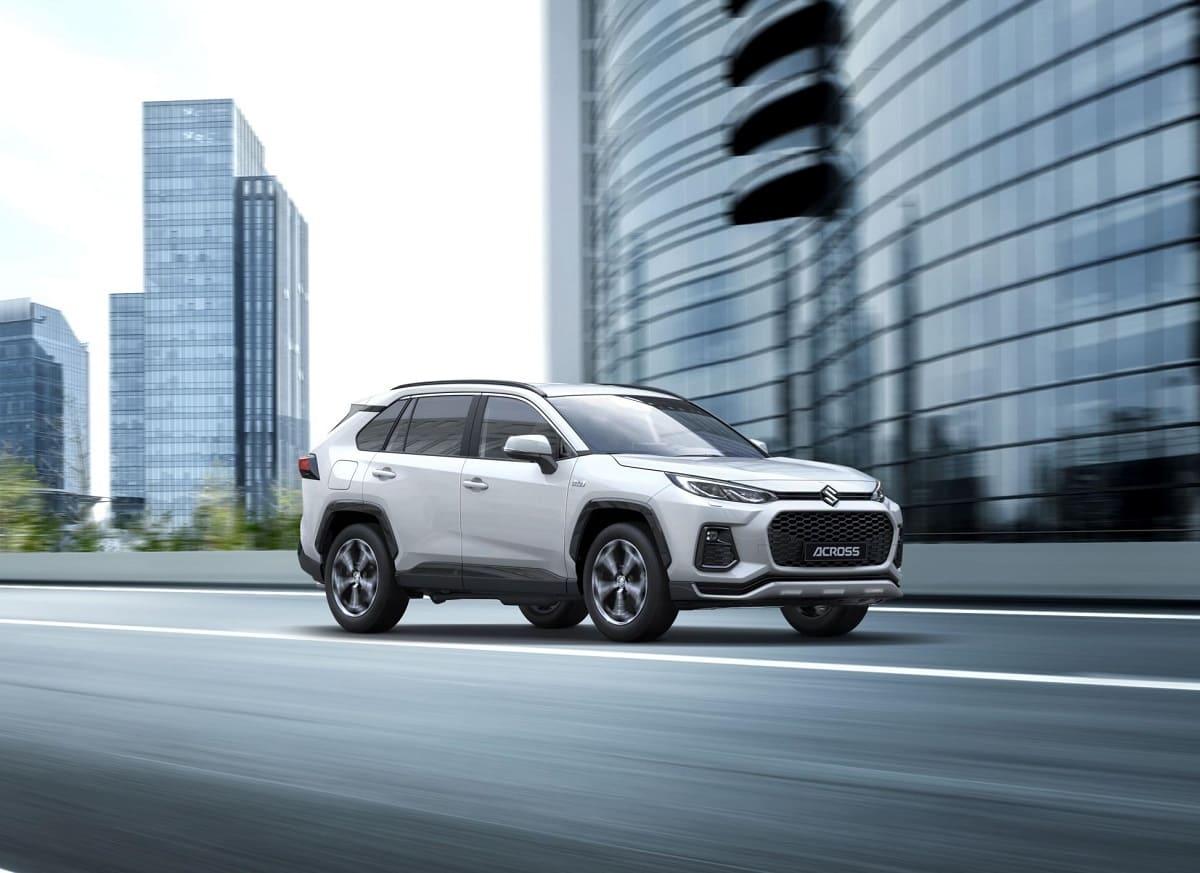 """Suzuki Across 2021 im Test: Mittelklasse-SUV als kräftiges PHEV mit """"E-Four""""-Allrad"""