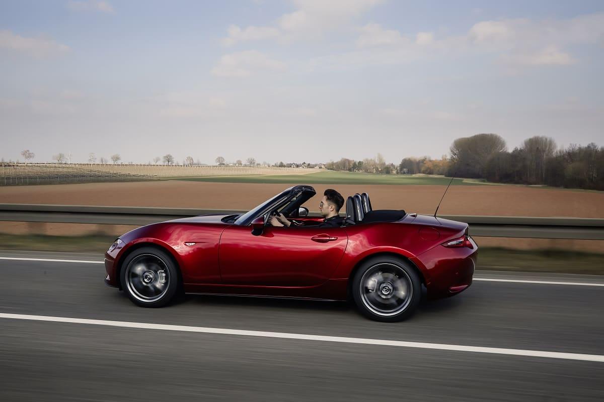 Mazda MX-5 Alternativen im Test: BMW Z4 Roadster, Audi TT Roadster oder Mercedes SLK?