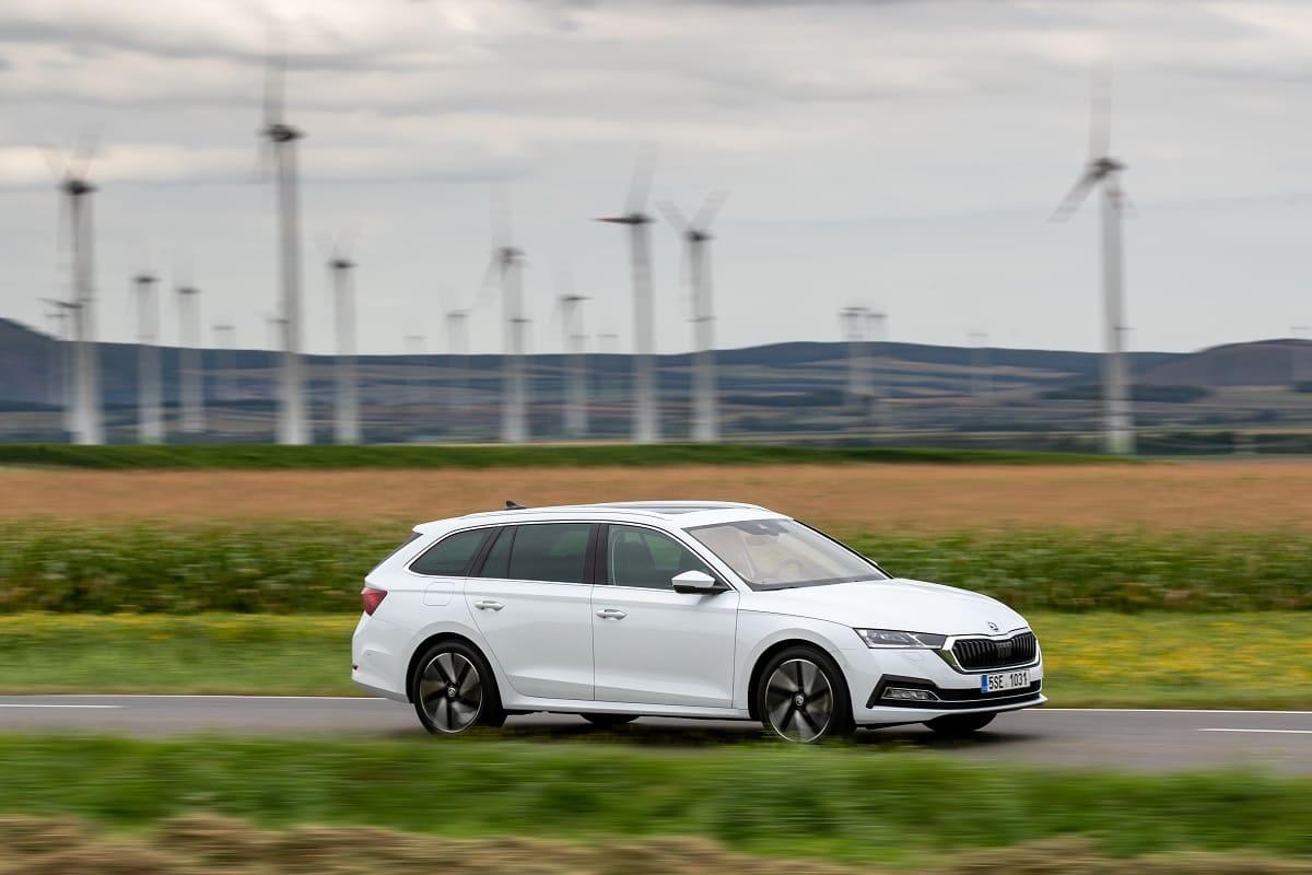 Alternativen Skoda Octavia Combi im Test: Ist einer aus dem Trio Ford Focus Turnier, Seat Leon ST und Opel Astra Sports Tourer noch praktischer?