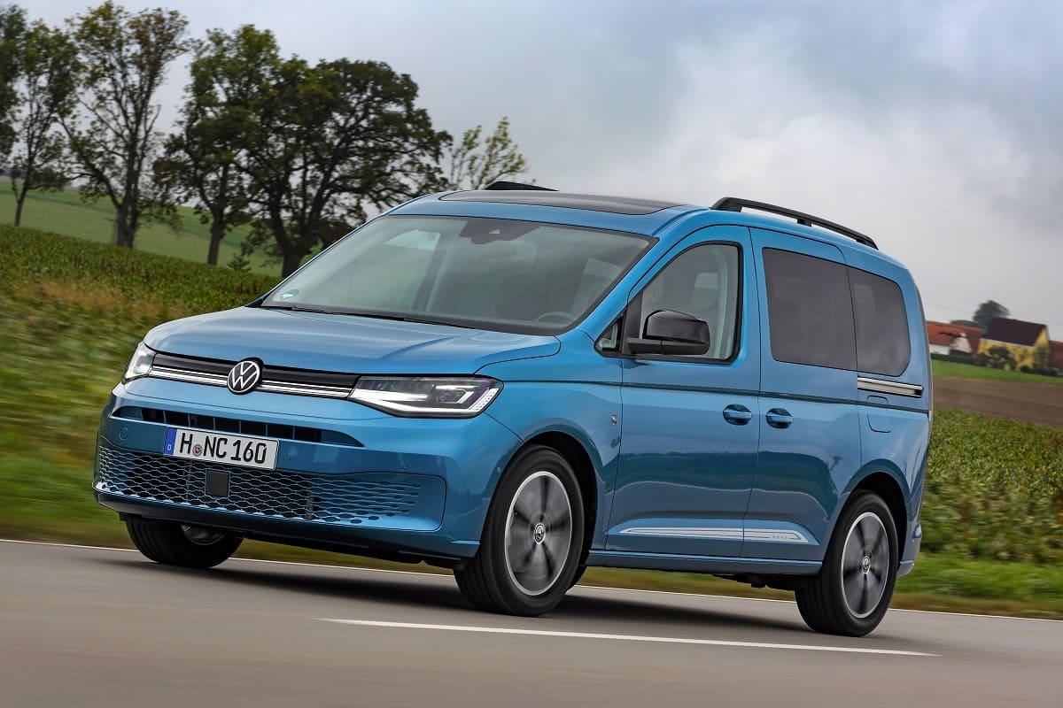 VW Caddy Alternativen im Test: Wie schlagen sich Ford Tourneo Connect, Peugeot Rifter, Opel Combo Life und Citroen Berlingo im Vergleich?